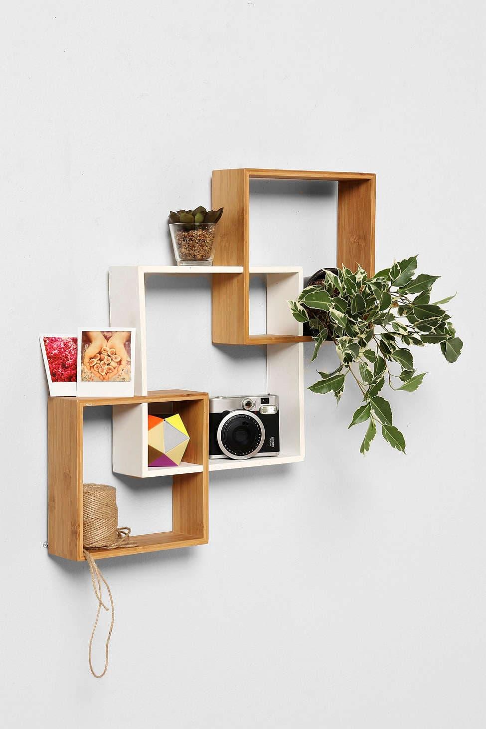 Bamboo Wall Shelf – Gecko